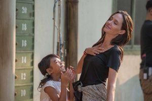 [PopTV] Lara Croft, Maléfica y hasta un Óscar por su labor humanitaria: así es la carrera de Angelina Jolie